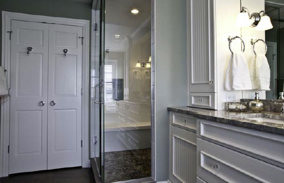 Winter white bathroom decor.
