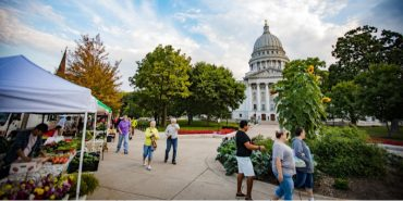 Dane County Farmers Market, Madison, Capitol Square, Capitol building, state capitol